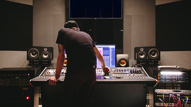 Best 10 Tips For The Beginning Music Producers